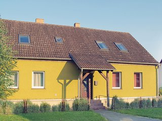 Nice home in Neu Zauche/ Caminchen w/ 5 Bedrooms