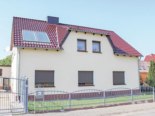 Awesome home in Senftenberg OT Hosena w/ 3 Bedrooms
