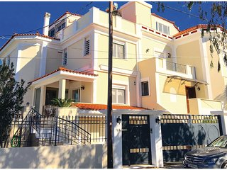 Awesome home in Nea Makri w/ WiFi and 3 Bedrooms (GAT152)