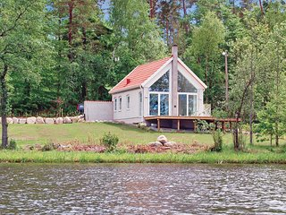 Beautiful home in Åsljunga w/ 1 Bedrooms