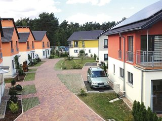 Amazing home in Berlin-Köpenick w/ Sauna and 2 Bedrooms (DBE411)