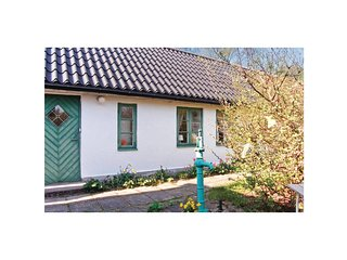 Nice home in Hollviken w/ 2 Bedrooms