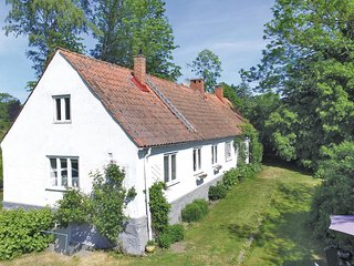 Beautiful home in Ystad w/ 2 Bedrooms
