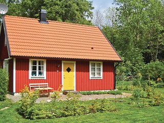Amazing home in Gärsnäs w/ WiFi and 3 Bedrooms