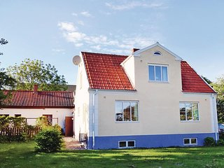 Amazing home in Ystad w/ 3 Bedrooms