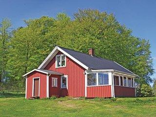 Amazing home in fegen w/ 3 Bedrooms