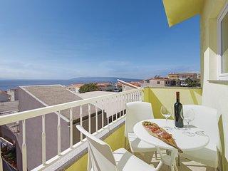 Amazing home in Makarska w/ WiFi and 3 Bedrooms