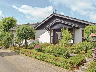 Awesome home in Gerolstein-Hinterh. w/ 2 Bedrooms