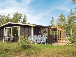 Nice home in Mellbystrand w/ WiFi and 2 Bedrooms