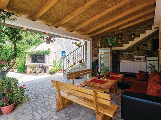 Stunning home in Herceg Novi w/ 1 Bedrooms and WiFi
