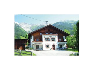 Nice home in Pettneu am Arlberg w/ WiFi and 1 Bedrooms