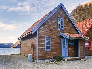 Awesome home in Dirdal w/ 3 Bedrooms