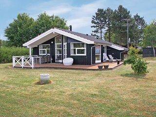 Nice home in Korsor w/ Sauna, WiFi and 3 Bedrooms