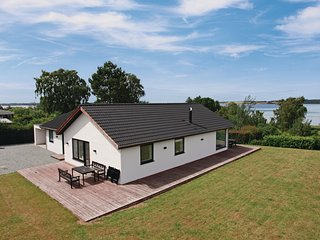 Nice home in Holbæk w/ Sauna, WiFi and 3 Bedrooms