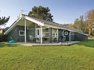Amazing home in Slagelse w/ Sauna, WiFi and 3 Bedrooms