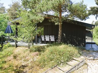 Stunning home in Højby w/ WiFi and 4 Bedrooms