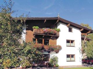 Amazing home in Niederau w/ 2 Bedrooms