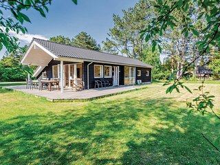 Awesome home in Hojby w/ Sauna, WiFi and 4 Bedrooms