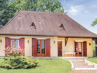 Nice home in Le Change w/ WiFi and 2 Bedrooms