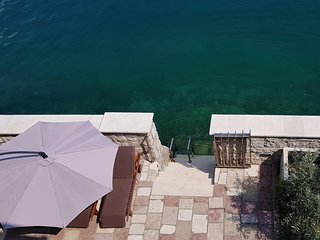 Beautiful home in Kotor w/ WiFi and 5 Bedrooms