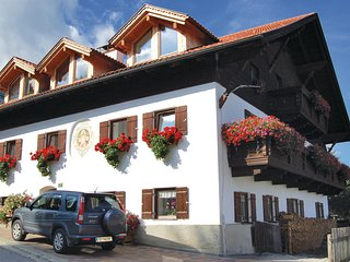 Beautiful home in Rinn b. Innsbruck w/ 2 Bedrooms