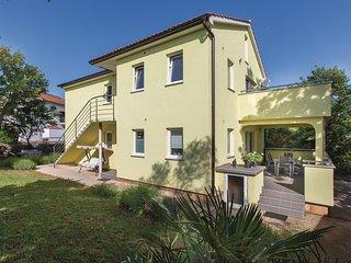 Beautiful home in Zgaljici w/ WiFi and 2 Bedrooms (CKK736)