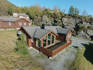 Amazing home in Nedstrand w/ Sauna and 4 Bedrooms