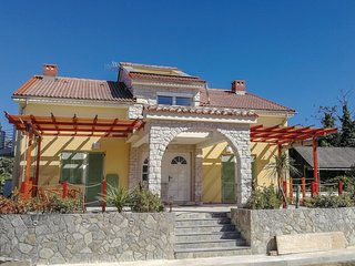 Nice home in Pinezici w/ WiFi and 1 Bedrooms