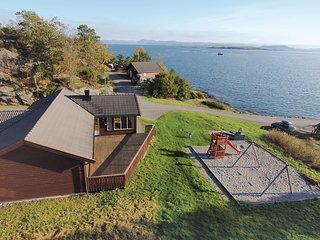 Beautiful home in Nedstrand w/ Sauna and 4 Bedrooms