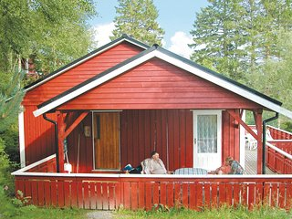 Amazing home in Sandvoll w/ 3 Bedrooms