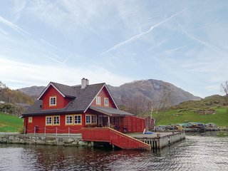 Stunning home in Åkra w/ WiFi and 3 Bedrooms