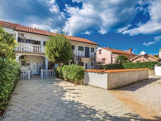 Awesome home in Malinska w/ WiFi and 2 Bedrooms (CKK034)