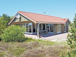 Amazing home in Thisted w/ Sauna and 3 Bedrooms (B02002)