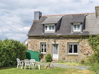 Stunning home in Le Faouet w/ 2 Bedrooms