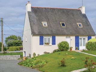 Nice home in Paimpol w/ WiFi and 5 Bedrooms