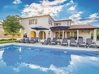 Nice home in Turcic w/ WiFi and 4 Bedrooms