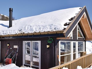 Stunning home in Norheimsund w/ Jacuzzi, 2 Bedrooms and WiFi