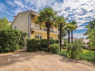 Awesome home in Malinska w/ WiFi and 2 Bedrooms (CKK528)