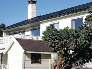 Awesome home in Tertnes w/ WiFi and 1 Bedrooms