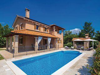 Awesome home in Kras w/ WiFi and 4 Bedrooms (CKK650)