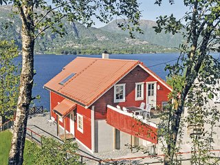 Stunning home in Vaksdal w/ Sauna and 4 Bedrooms
