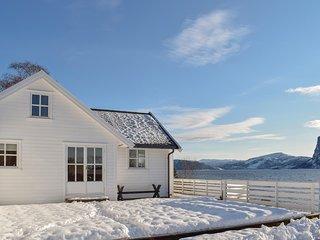 Nice home in Sørbøvåg w/ WiFi and 4 Bedrooms