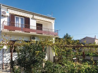 Amazing home in Punat w/ 2 Bedrooms