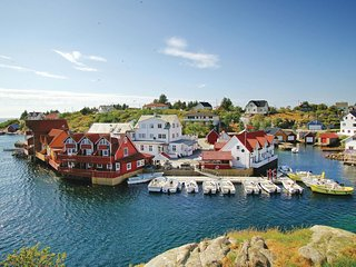 Awesome home in Tjeldstø w/ WiFi and 2 Bedrooms (N20614)