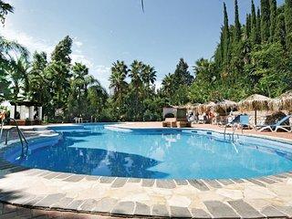 Nice home in Marbella-Las Chapas w/ WiFi and 2 Bedrooms