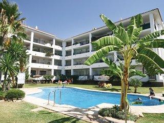 Nice home in Calahonda w/ 2 Bedrooms