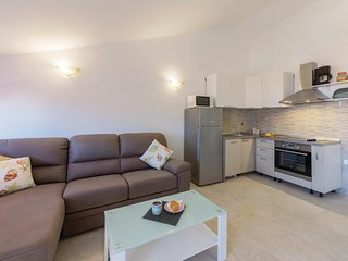 Awesome home in Vodnjan w/ WiFi and 2 Bedrooms
