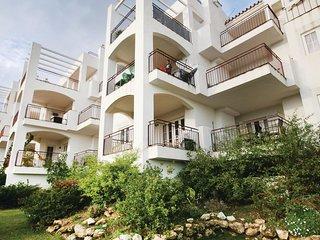 Amazing home in Manilva w/ 2 Bedrooms