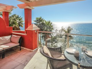 Beautiful home in Estepona w/ 2 Bedrooms