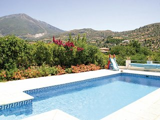 Awesome home in Alcaucín w/ 1 Bedrooms